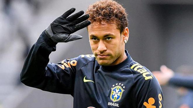 نيمار يغادر تدريبات البرازيل مصابا