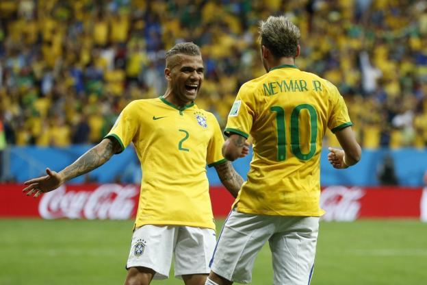نيمار يعبر بالبرازيل إلى ربع نهائي المونديال