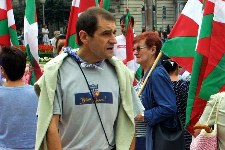 توقيف الزعيم السياسي السابق لمنظمة إيتا الانفصالية في فرنسا
