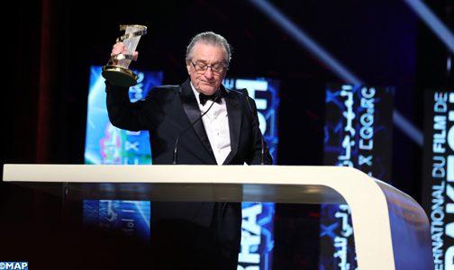 تكريم روبرت دي نيرو بالمهرجان الدولي للفيلم بمراكش .. تحدثت دموعه قبل كلماته