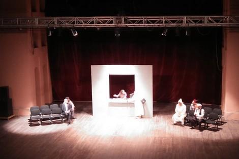 فرقة إسيل للمسرح والتنشيط الثقافي تتحف المراكشيين بعرض سير الضيم