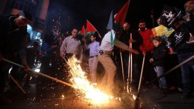أزيد من 59 قتيلا فلسطينيا برصاص الجيش الإسرائيلي