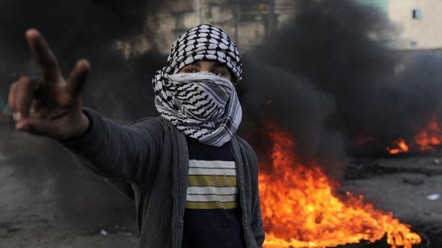 قتلى وجرحى في قصف إسرائيلي على قطاع غزة واشتباكات في الضفة الغربية