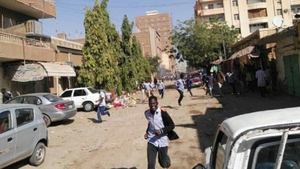 مظاهرات ضد الرئيس عمر البشير في الخرطوم للأسبوع الثالث