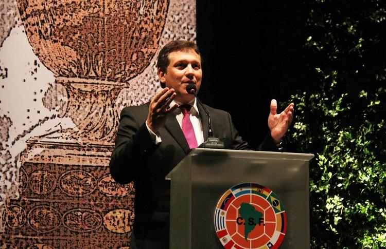 كونميبول يطالب الفيفا بموعد جديد لكوبا أمريكا