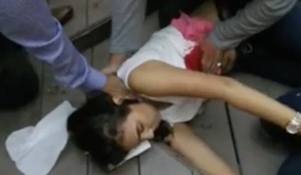 فتاة لاكريم المصابة