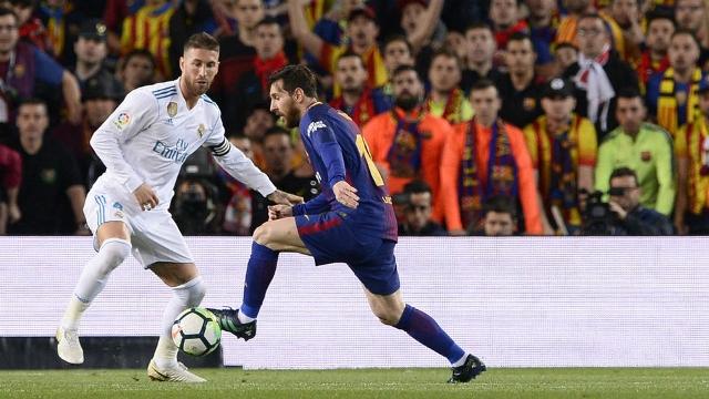 تأجيل الكلاسيكو الأول بين برشلونة والريال هذا الموسم بسبب الاحتجاجات في كاتالونيا