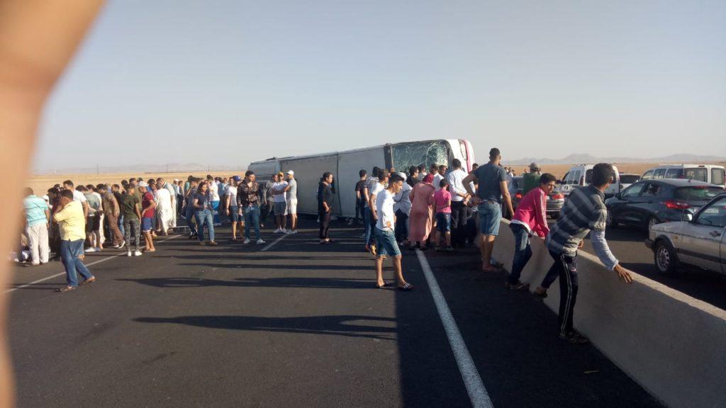 إنقلاب حافلة بمنطقة سيدي بوعثمان يستنفر السلطات المحلية بالرحامنة ومراكش