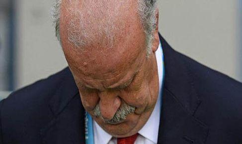 من شدة الارتباك .. ديل بوسكي كاد يركب حافلة تشيلي بعد المباراة