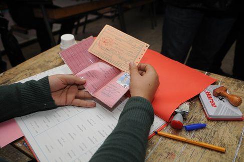 مراكش: تفكيك عصابة متخصصة في تزوير رخص السياقة
